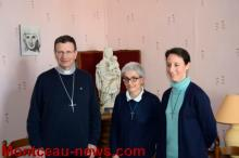 Conférence de Presse avec Monseigneur Rivière.