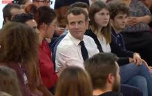 Grand débat du président Macron avec... (Politique)