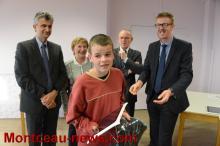 Collège Jean Moulin : 1er établissement de Saône-et-Loire à recevoir les nouvelles tablettes Sqoolmais...