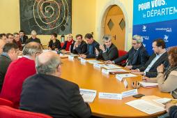 Le Département agit pour les viticulteurs du Beaujolais en Saône-et-Loire